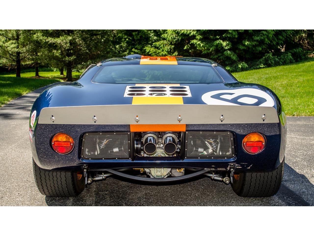 16583488-1966-superformance-gt40-std.jpg