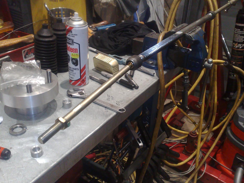 Steering Rack lubrication-17032011044-jpg