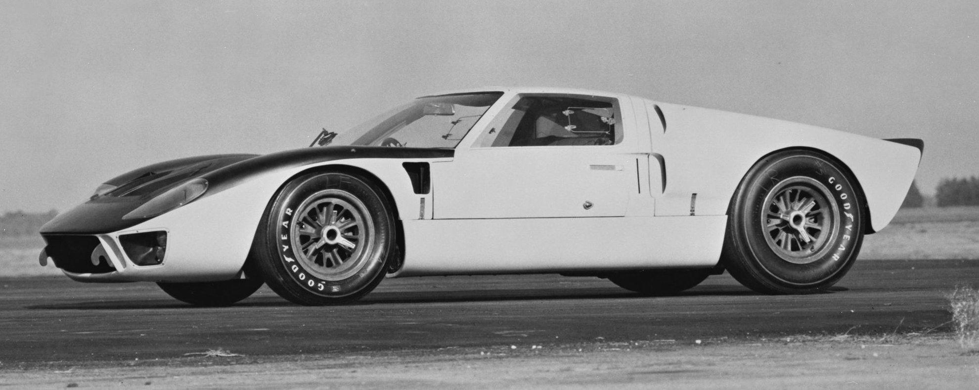 1966-Ford-GT-MkII-FIA-Sebring-testing-neg-146840-029.jpg