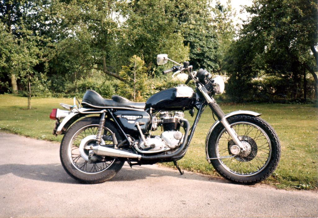 Anyone out there still riding motorbikes.-1978bonneville750-jpg