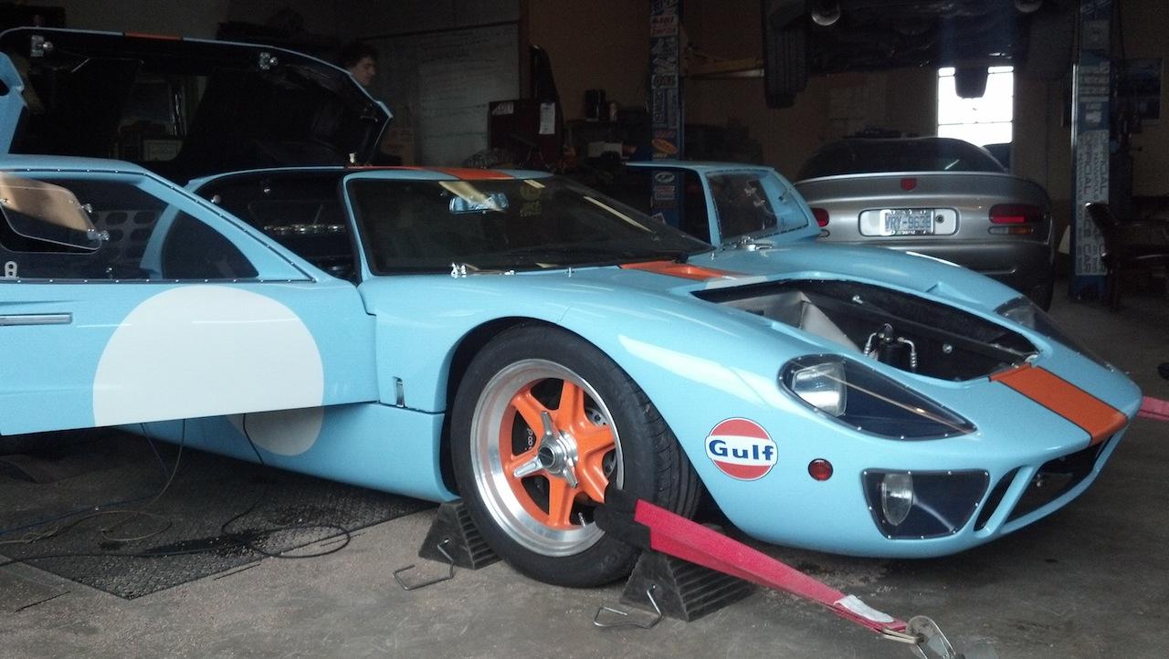 CAV Mono chassis body colors-2012-02-08_15-13-10_36-jpg