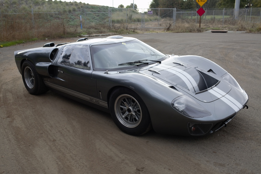 Superformance GT-40 Mk.II P2221-20161119_6066-2-1000x667-jpg