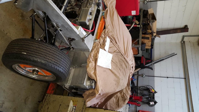 Identify this replica chassis pls?-2018-01-05_21-18-04-1-jpg