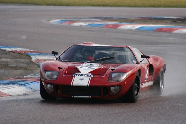 Crashed GT40 - Thruxton-230308thruxton_099-jpg