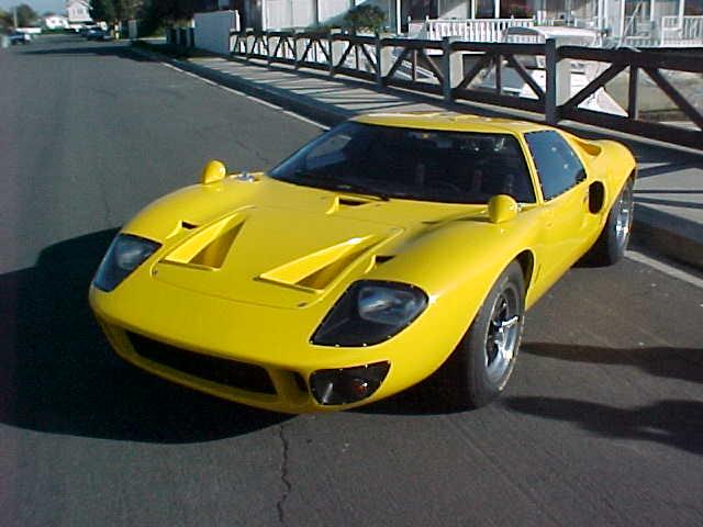 ERA GT 40 MK1 #2043-27653-mvc-016s-jpg