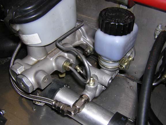 Clutch hydraulic lines-39061-tilden-clutch-cylinder-001-jpg