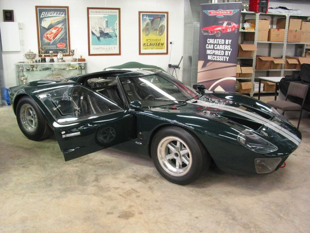Bowden's Car Collection Visit (QLD, Australia)-59640-gt40-jpg