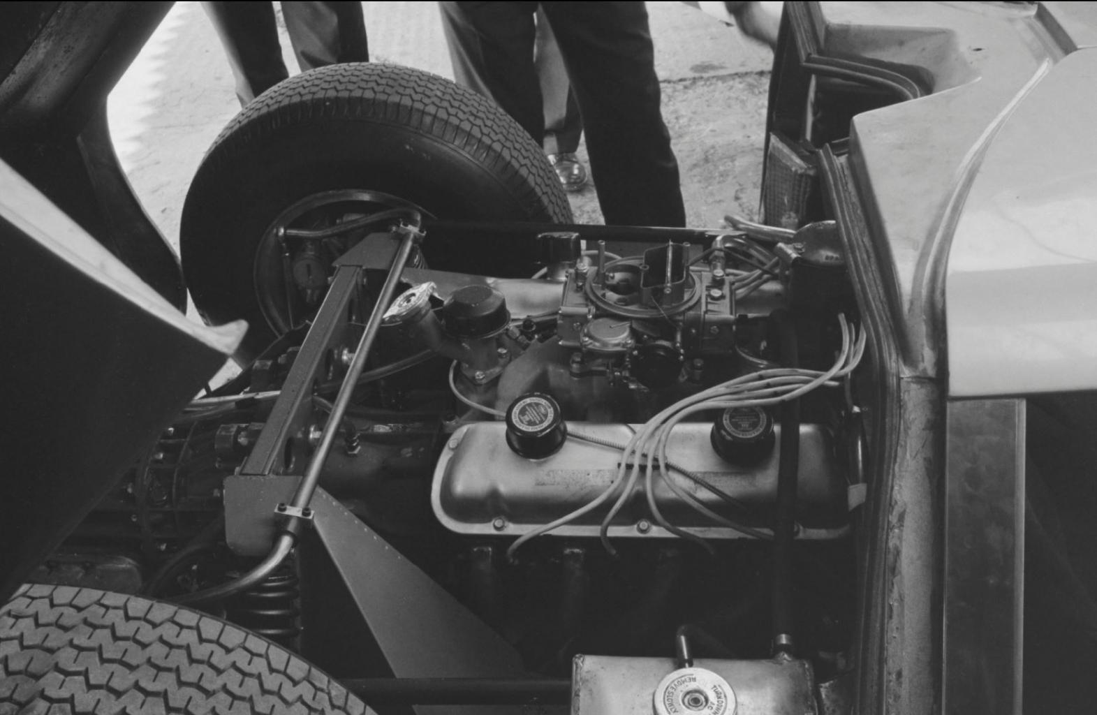 Lola GT MK6 Early Photos-63-silverstone-lola-gt-mk6-h-jpg
