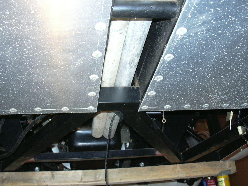DAX Build Up-72351-undercaropentunnel-jpg