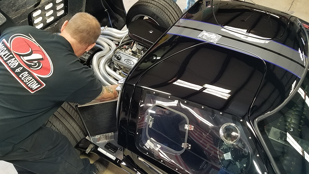 Sanding and polishing the GT's paint-ben-installing-wire-looms-1-jpg