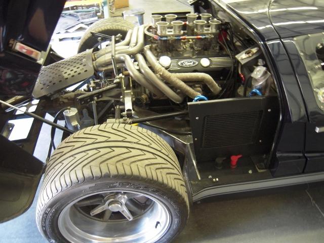 valve covers-bmr-17-rims-rear-640x480-jpg