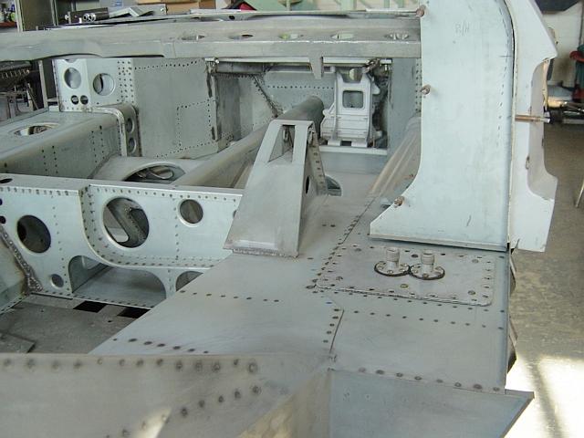 Jimmymac & Alistair's Cars-bulkhead-fitting-jpg
