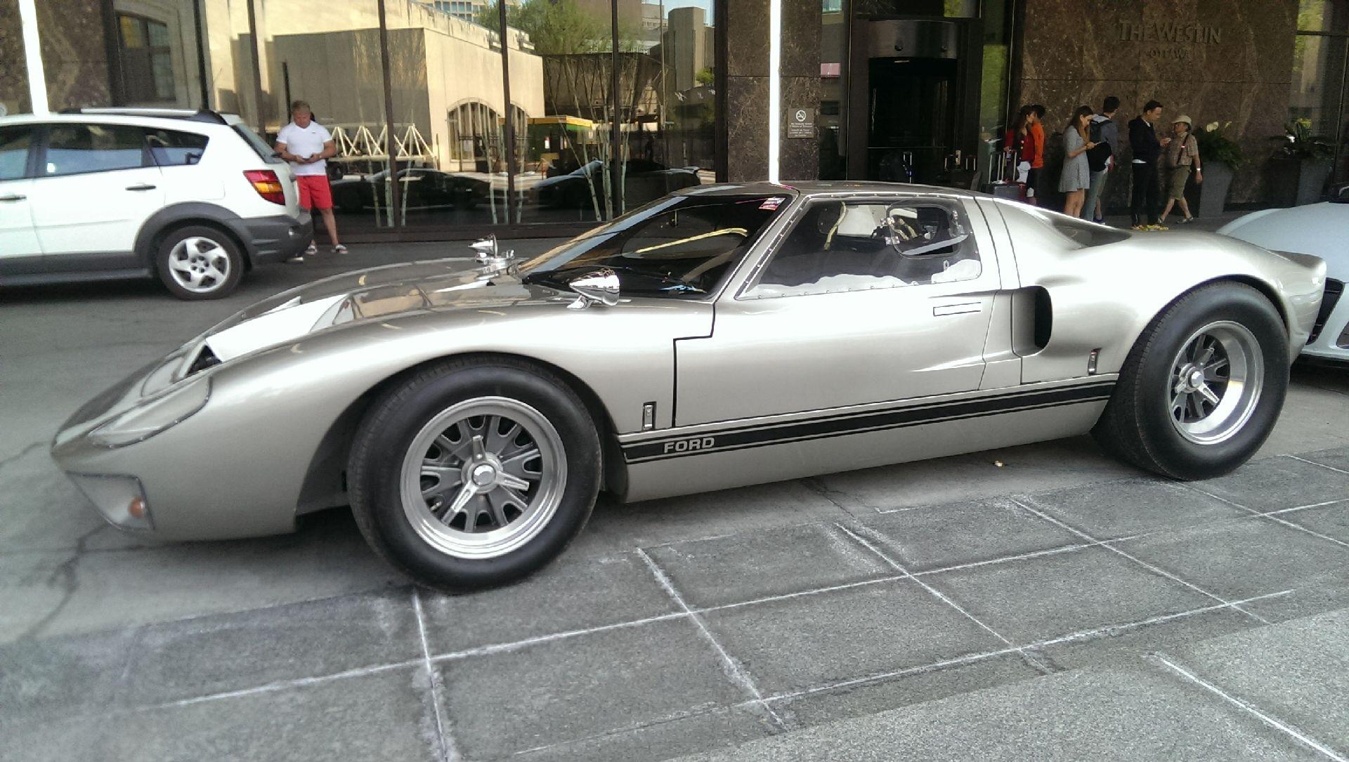 CAV GT40 s1.jpg