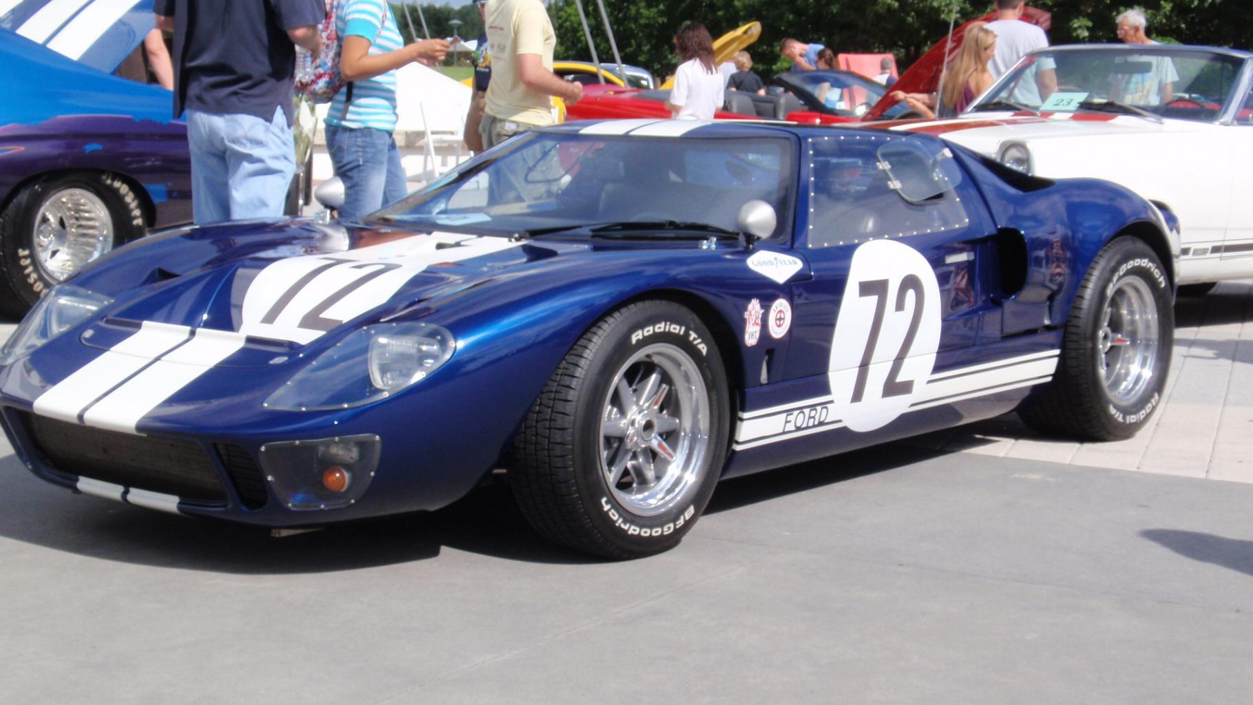 CAV Mono chassis body colors-disney-carmasters-2012-6-jpg