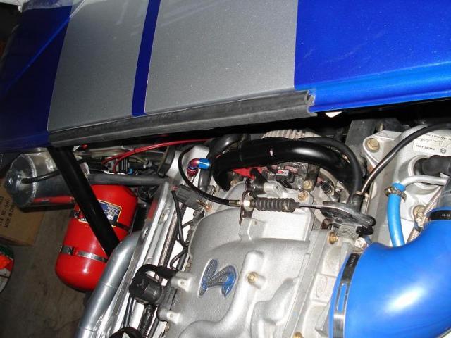 Rubber moulding for rear clip to spyder-dsc01672-jpg