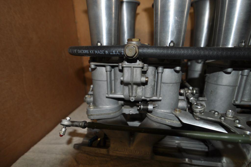 SBC MacKay Webber manifold w/ Ealry 48 IDA's-dsc_0386-jpg