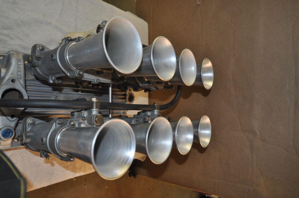 SBC MacKay Webber manifold w/ Ealry 48 IDA's-dsc_0397-jpg