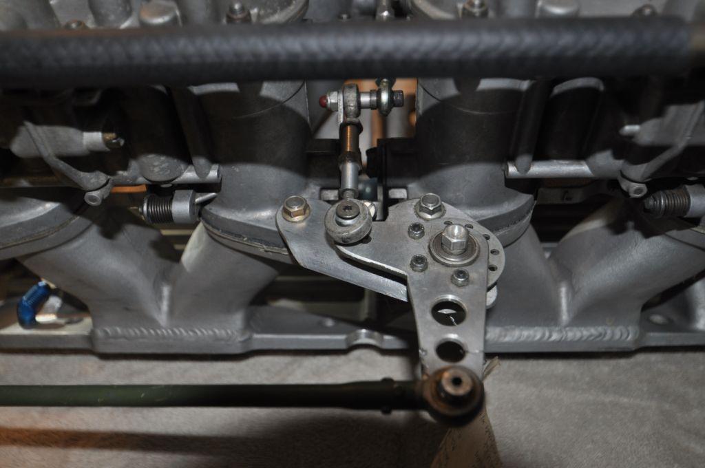 SBC MacKay Webber manifold w/ Ealry 48 IDA's-dsc_0398-jpg