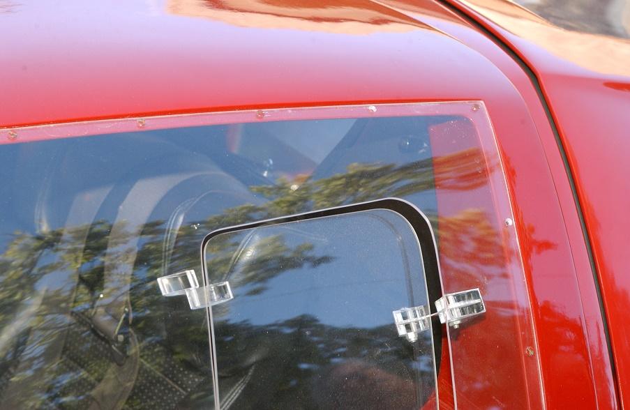 Original GT40 B pillar-dsc_1354-jpg