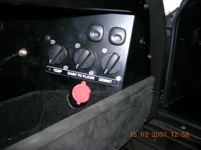 SPF GT Switch and Control Positions-dscn0200-small-jpg