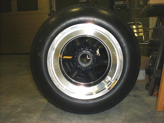 Alright, Lola Wheels, what is the deal?-dymag-jpg
