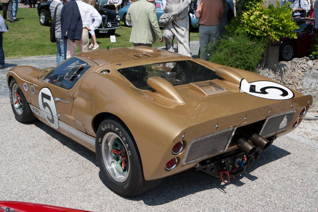 Ford-GT40-Mk-II-8173.jpg