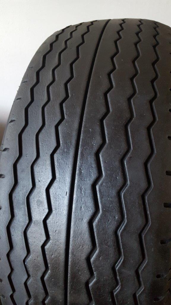Avon CR6ZZ Tyres-front-jpg