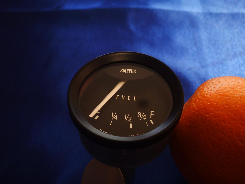 P1001-fuel-gauge-jpg
