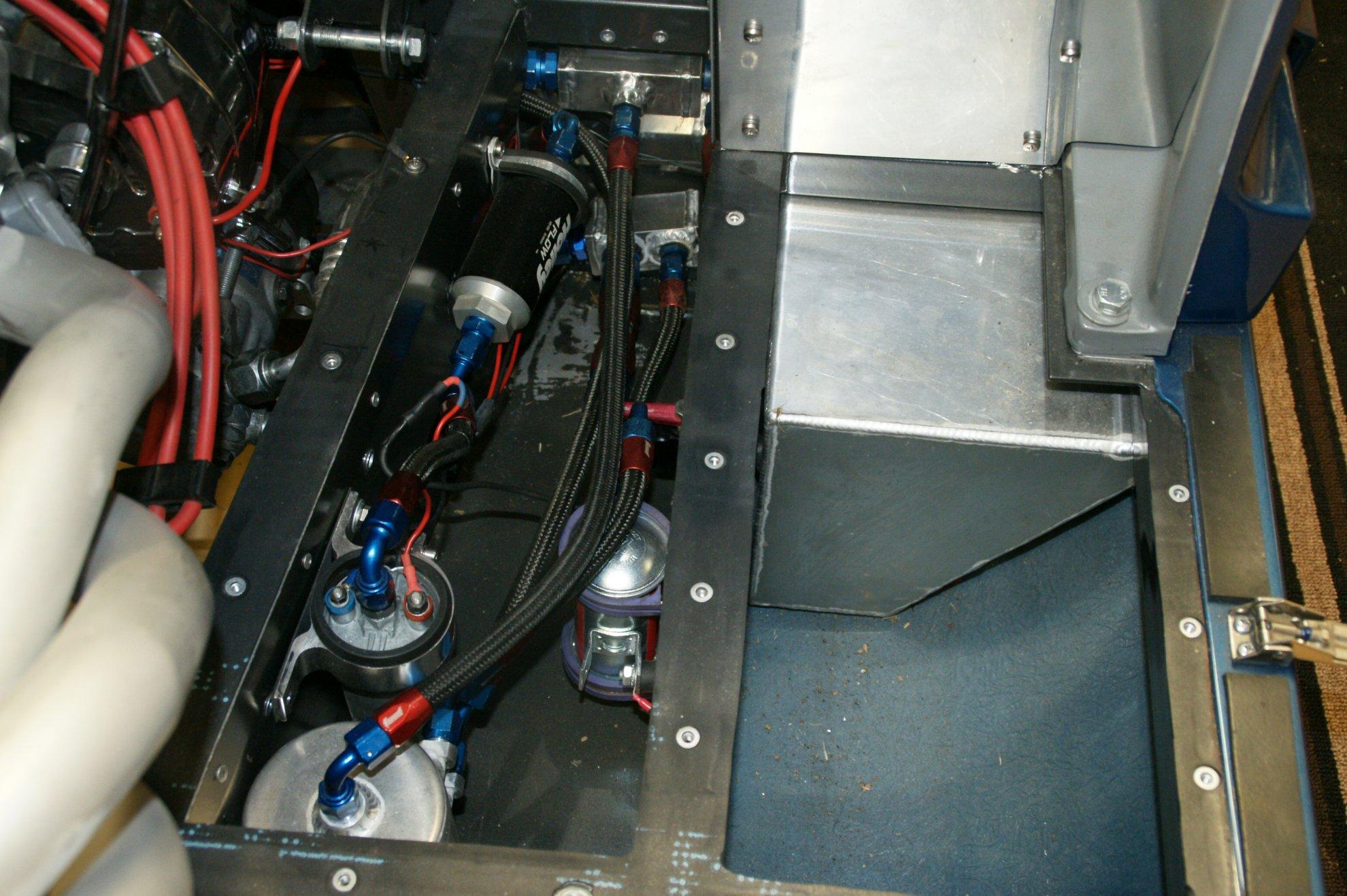 Fuel pumps 003.JPG