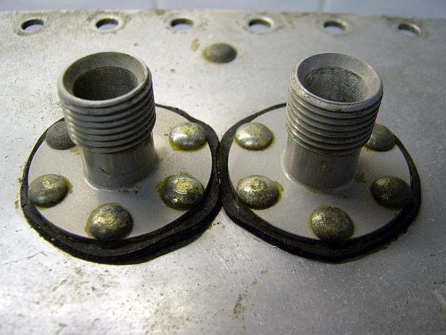 Jimmymac & Alistair's Cars-fuel-return-line-nozzles-jpg