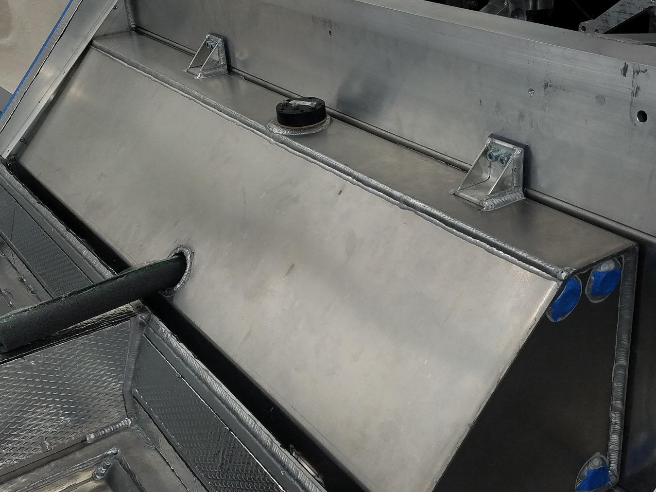 Stephan's SLC Build Log-fuel-tank-1-jpg