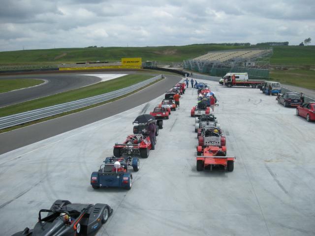 NZ built Sports racing cars. SCANZ etc.-grid-taupo-jan-98-jpg
