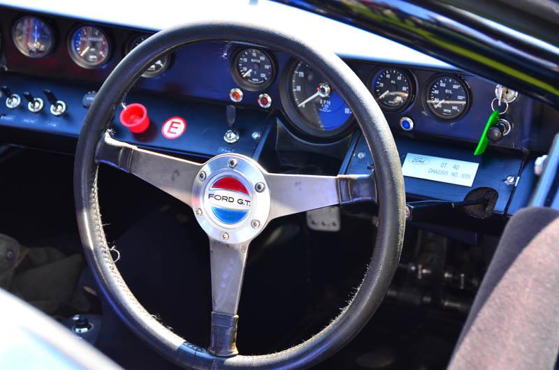 Original 40's steering wheel emblem-gt40-1051-jpg