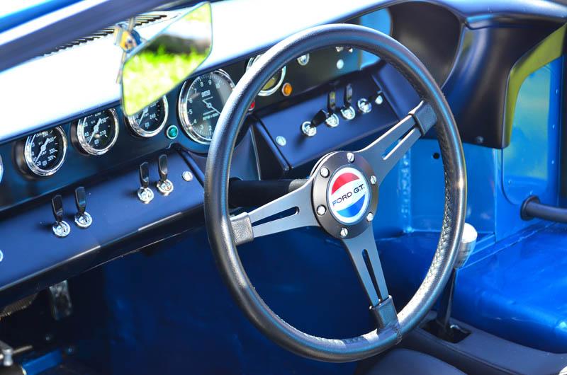 Original 40's steering wheel emblem-gt40-1053-wheel-jpg
