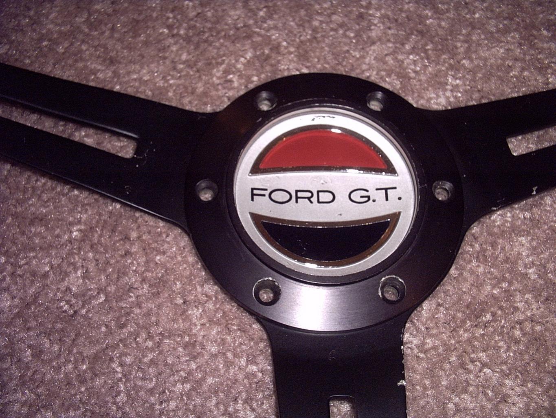 Original 40's steering wheel emblem-gt40-original-steeringwheel-emblem-jpg