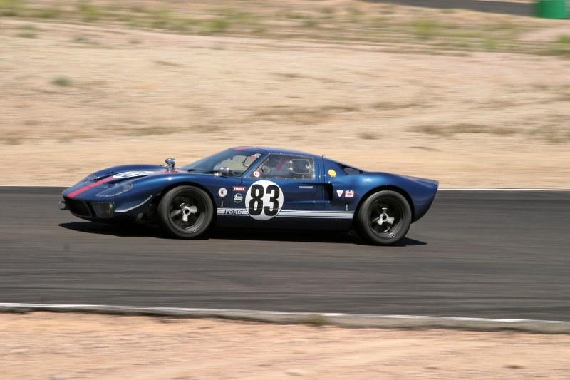 Monterey 2012-gt40_83_04_800x533-jpg