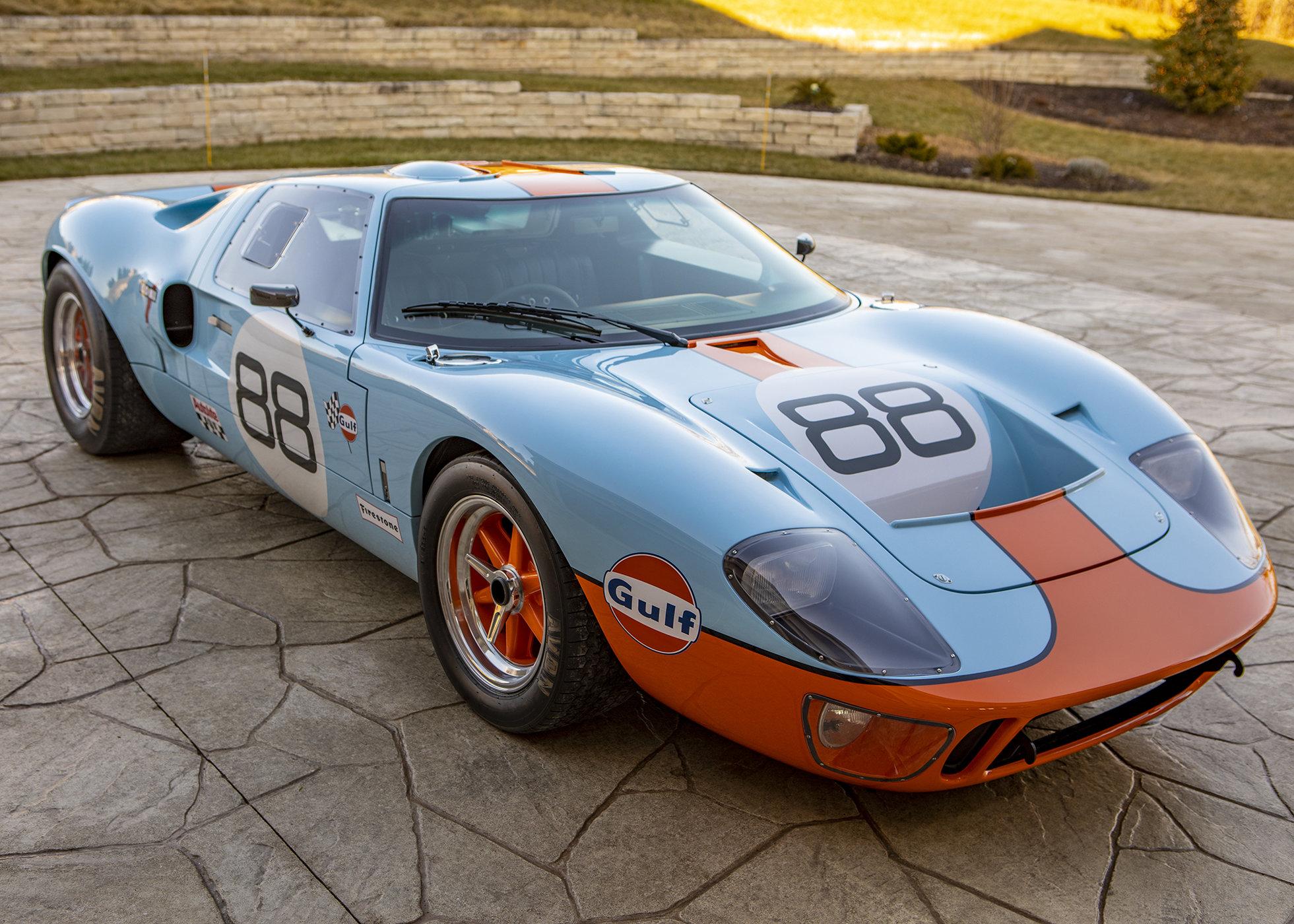 GT40Profile34.jpg