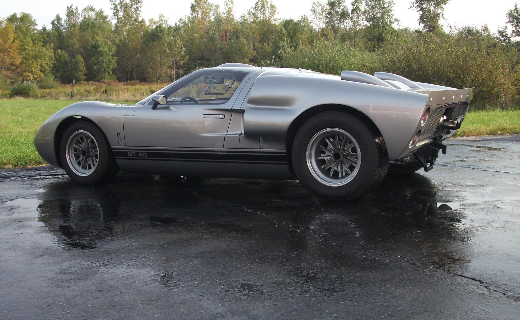 Superformance GT40 MK II P2171 **SOLD**-gtp2171-9-14-040-jpg