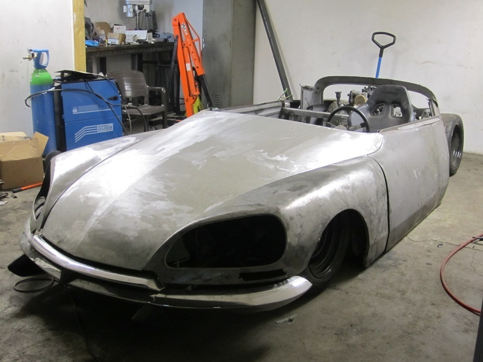 Mid Engined Citroen DS-imageproxy-14-jpg