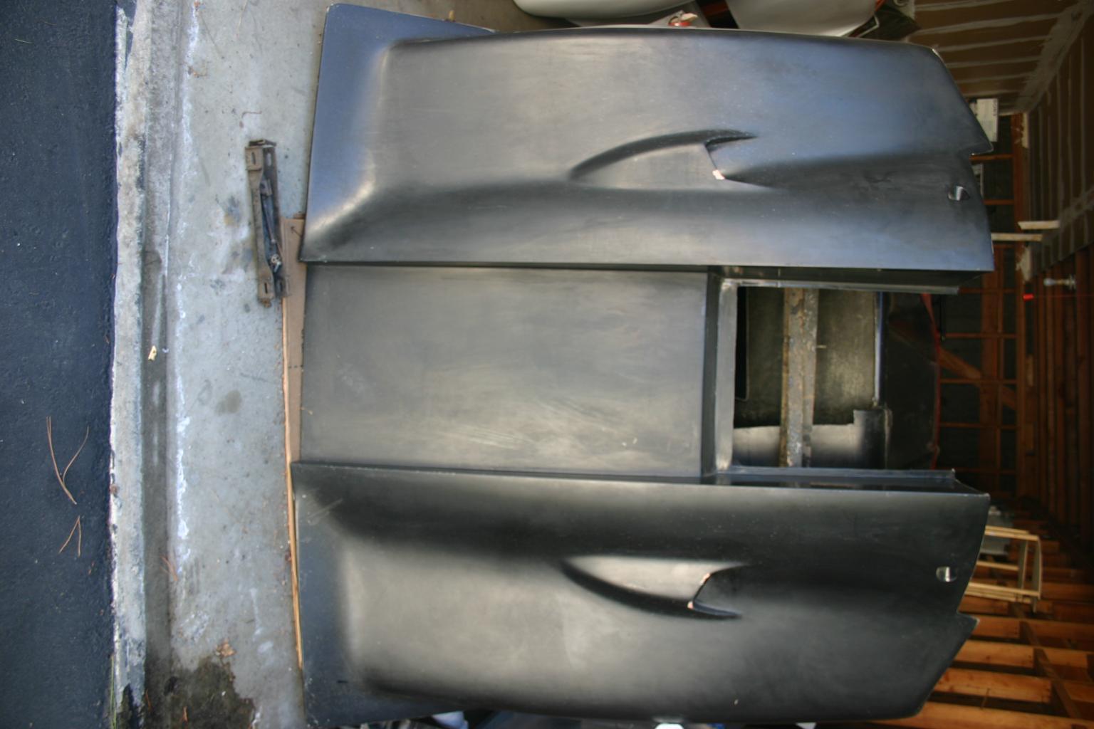 Lola T-70 MK3 B Tub & Bodywork coming in...-img_9294-jpg