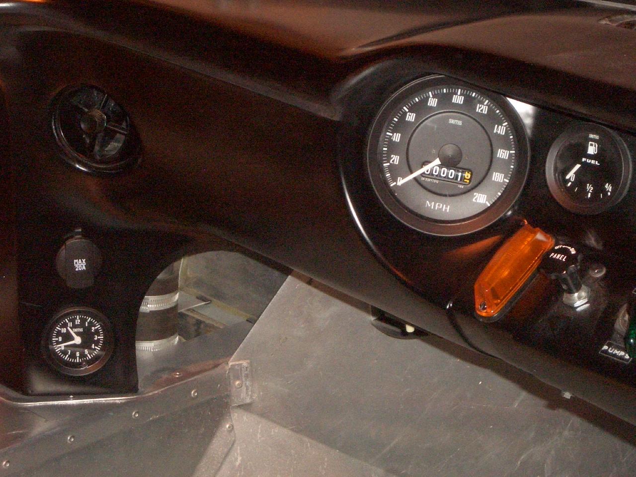 Twat nav install-kva-clock-rhs-engine-bay-001-jpg