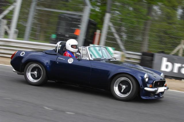Taking My old MG on track-m3s_2564-640x480-jpg