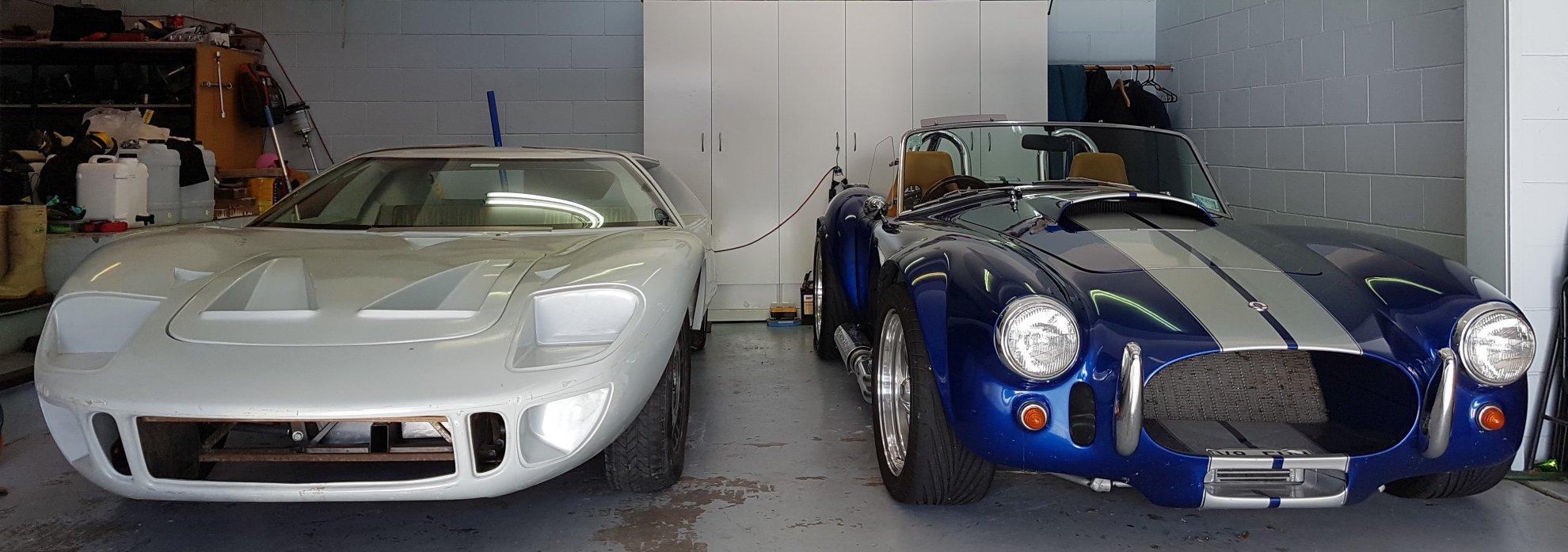 Macs GT40 Cobra.jpg