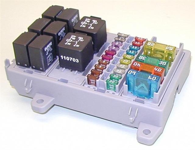 fuse relay block gt40s com fuse relay block modular fuse relay block small jpg