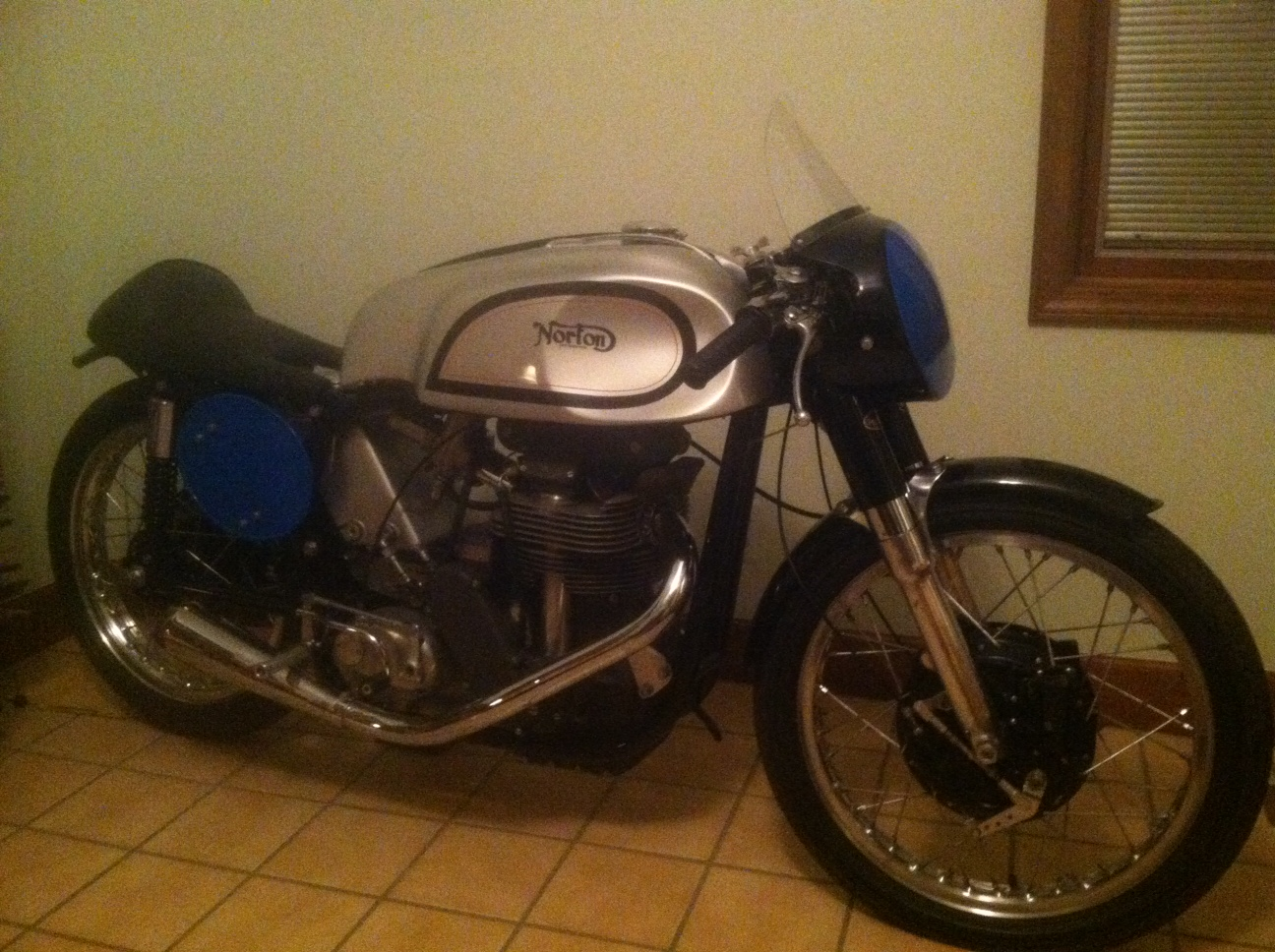 Anyone out there still riding motorbikes.-photo-2-jpg