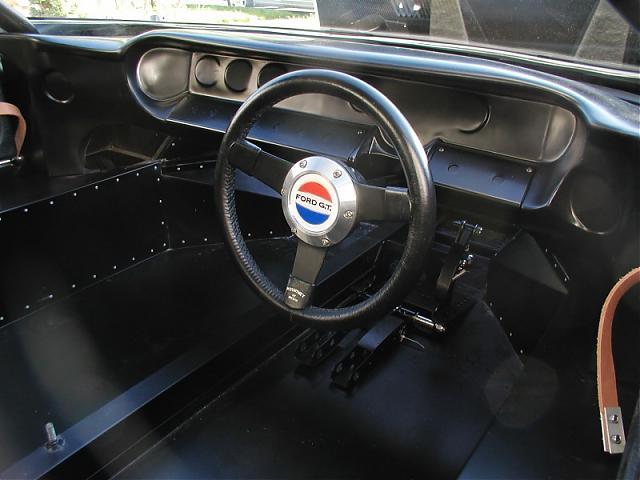 GT40 Steering Wheel Emblem...-steering-wheel_01-jpg