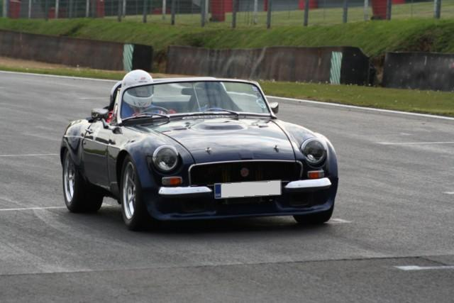 Taking My old MG on track-test-002-640x480-jpg