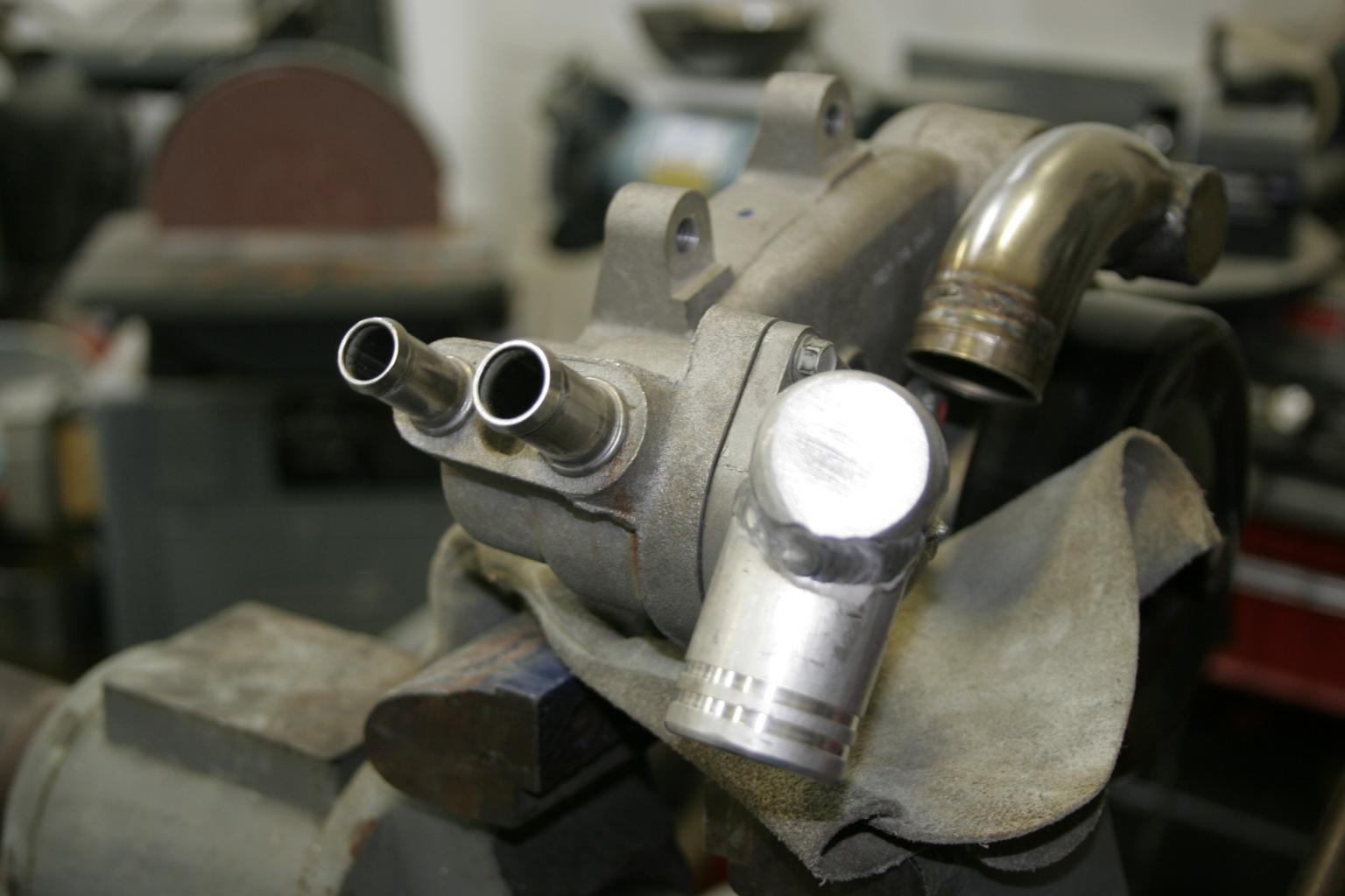 Grant's SL-C Build tread-water-pump-before-jpg